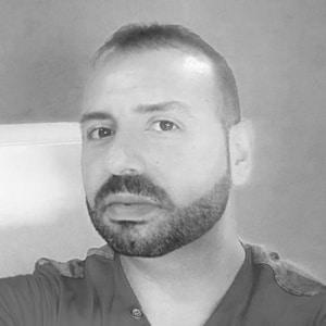 Andy Lucas, diseñador de Logocrea
